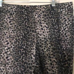 NWOT Hue stretch leopard pants